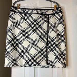 NWT White House Black Market Pencil Skirt 14 Size